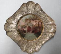 Souvenir tray from 1892 depicting Washington's tomb at Mount Vernon