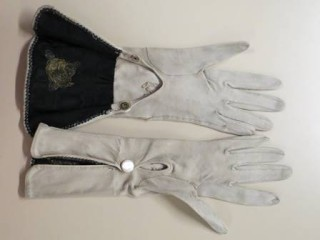 Gloves likely belonged to Annie Rodearmel German of Harrisburg, PA